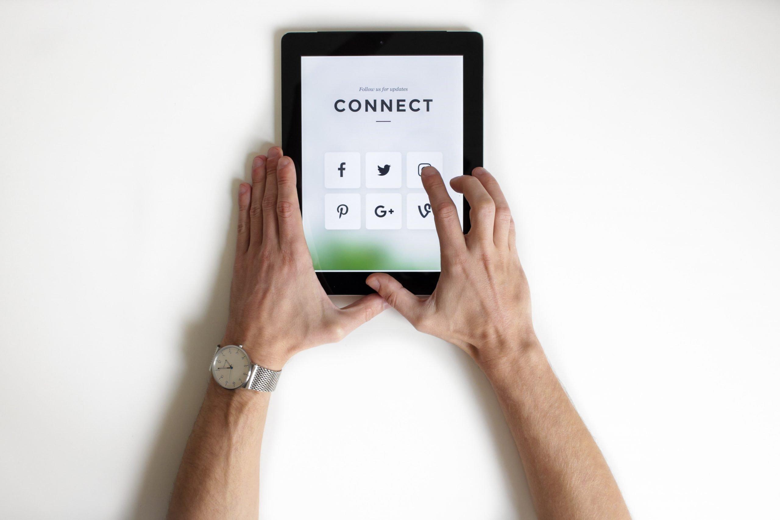 Conectados con redes sociales